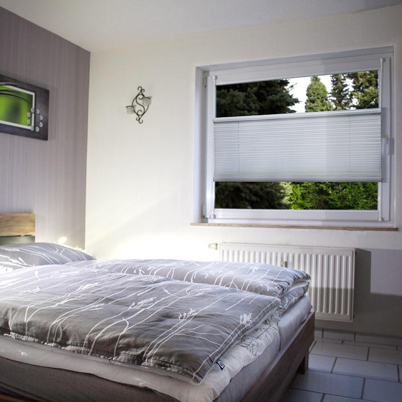 klemmfix plissee 100x130cm faltrollo rollo mit klemmtr ger ohne bohren verspannt ebay. Black Bedroom Furniture Sets. Home Design Ideas